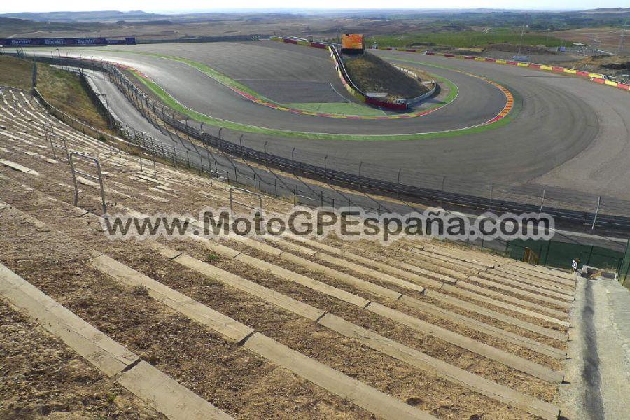 Circuito Aragon : Pelouse motorland motogp españa